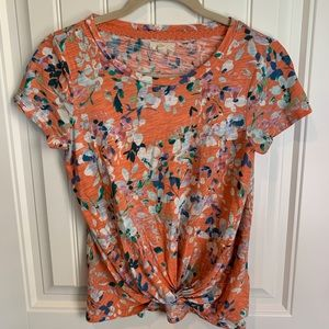 Cupio knotted front floral shirt size medium